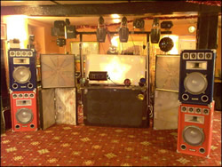 Compere, Mobile Disco #823 Image