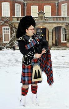 Pipe Band, Piper #750